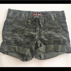 Pants - Army green cargo shorts
